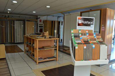 Exposición de sanitarios, grifería, mobiliario de cocina y baño, accesorios, hidromasaje