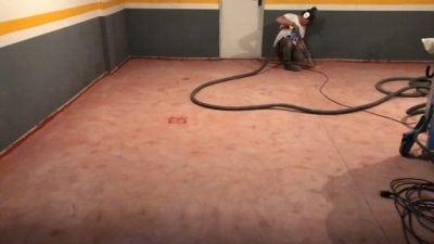 Aplicación de resinas en el suelo del garaje