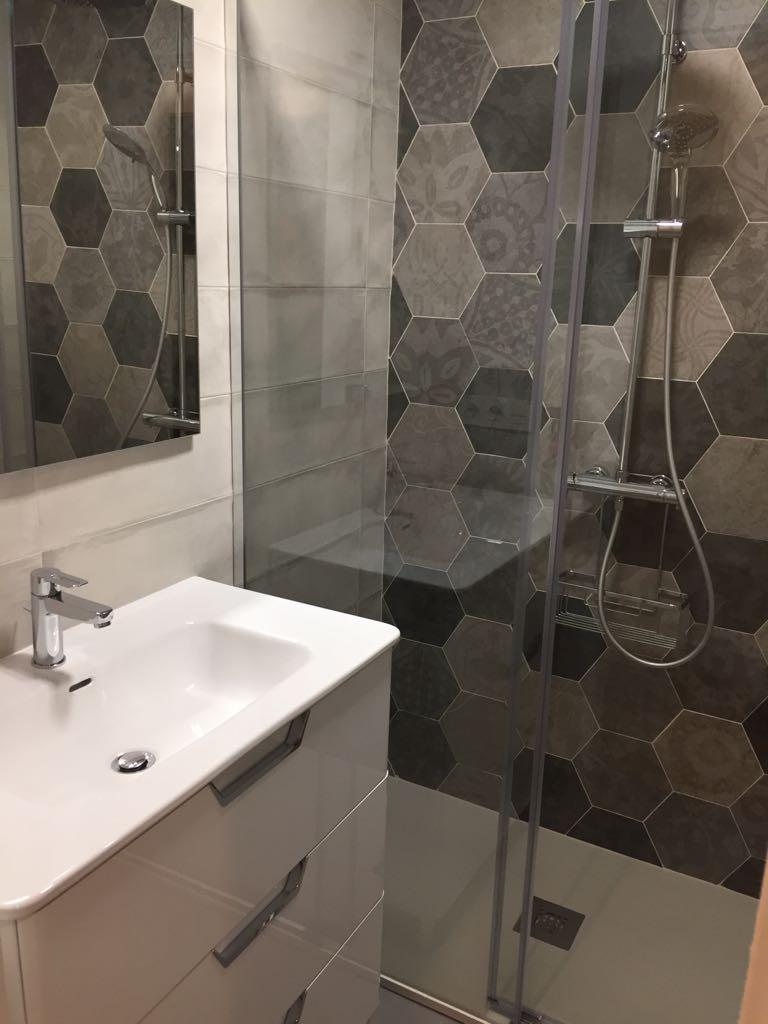 Azulejos para el baño. Baldosas y azulejos para el baño en Valladolid.
