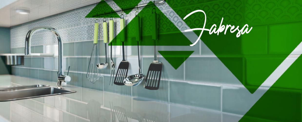 Materiales para alicatar cocinas y baños. Tendencias en decoración con mosaicos.