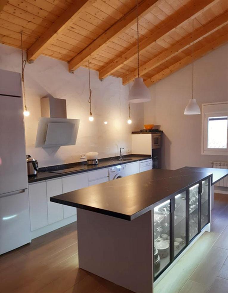 cerámica-sánchez-cocina-valladolid-estilo-moderno-y-funcional